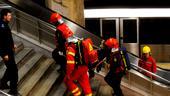 O tânără de 20 de ani s-a aruncat în fața metroului, în stația Lujerului. Circulația trenurilor pe Magistrala 3 este îngreunată